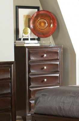 Jaxson Transitional Capp. Five-Drawer Chest